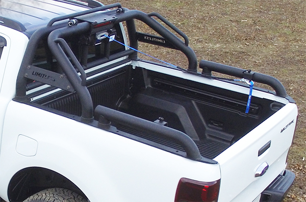 Off Road Limitless 174 Rocky Roll Bar